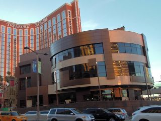 t.i. トレジャーアイランドホテル
