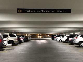 モンテカルロ駐車場